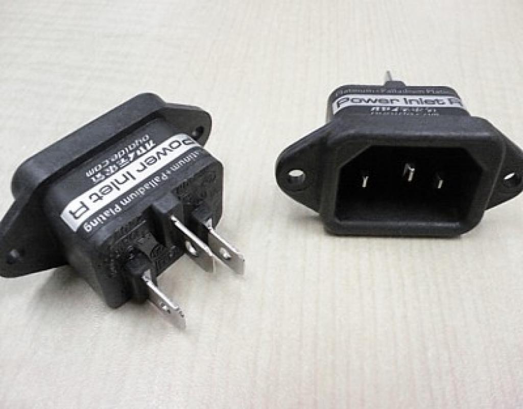 Conector Ac Iec Oyaide Power Inlet R