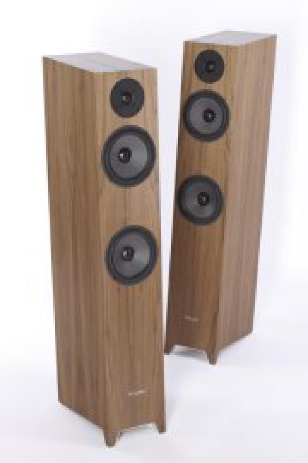 Boxe Pylon Audio Emerald American Walnut