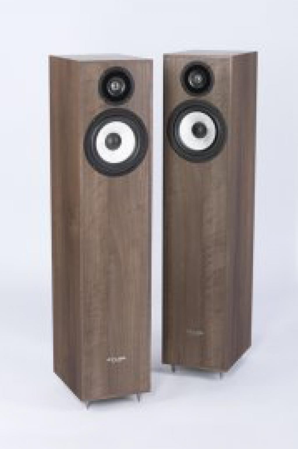 Boxe Pylon Audio Pearl 20 Walnut