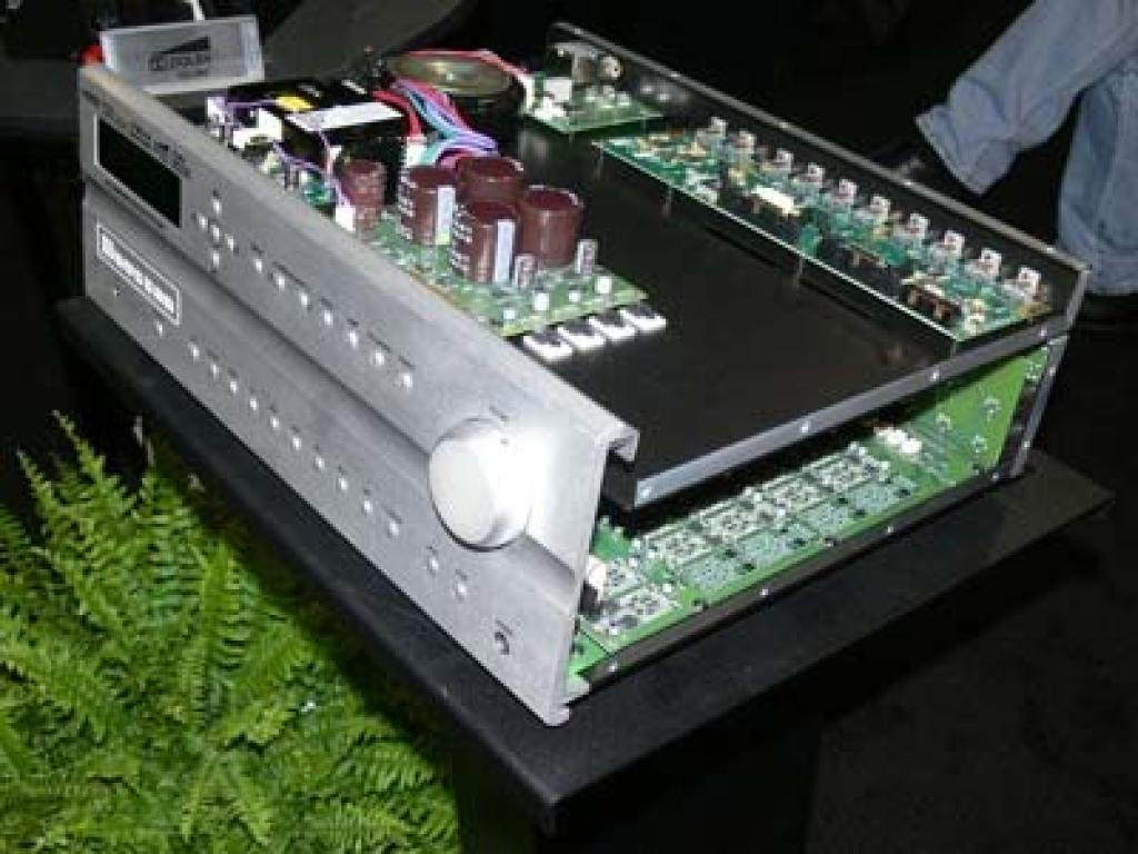 Preamplificator Multicanal Bryston SP3