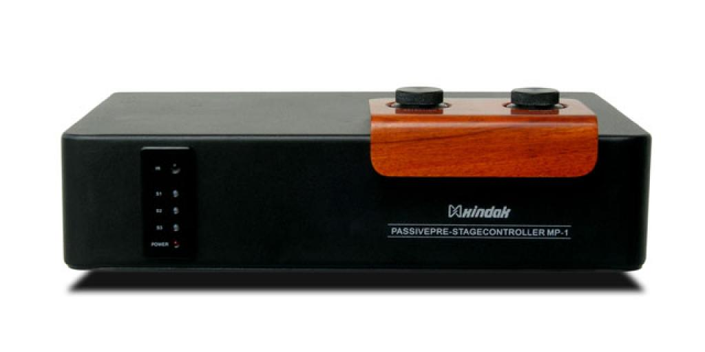 Preamplificator Xindak MP-1